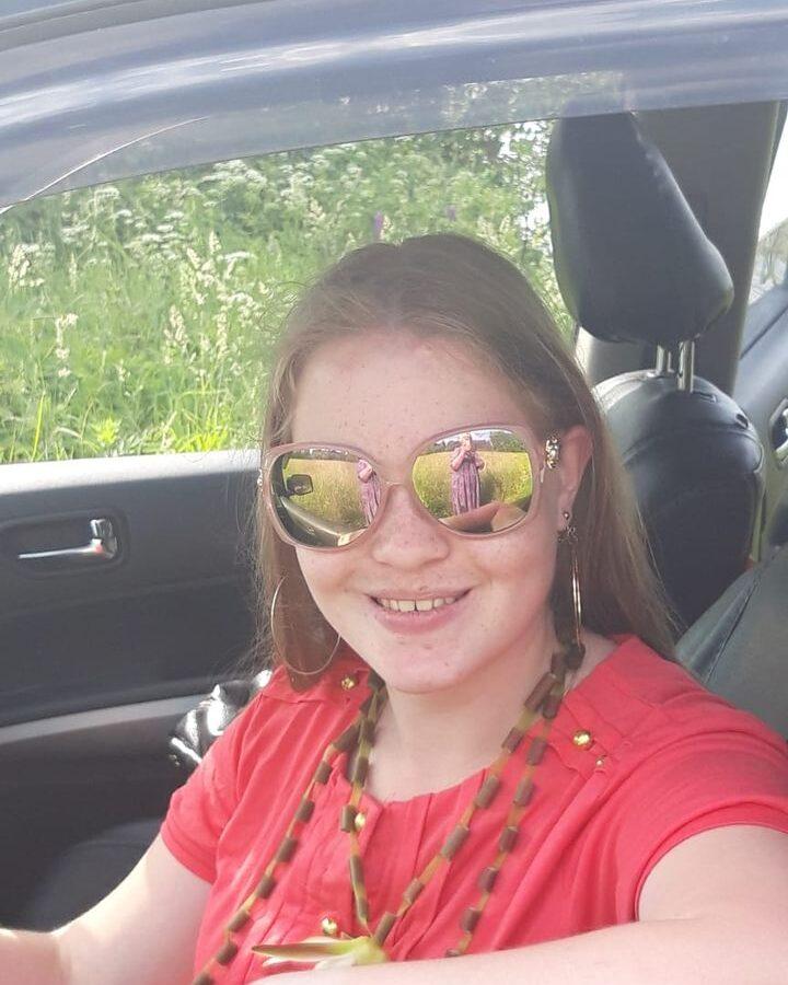 Ольга Сереброва - фото в салоне машины