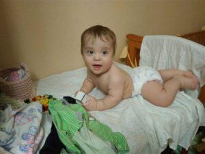 На фото маленький Андрюша Стрельцов